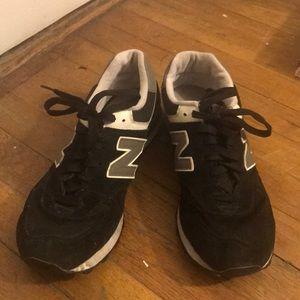New Balance Black 574 shoe